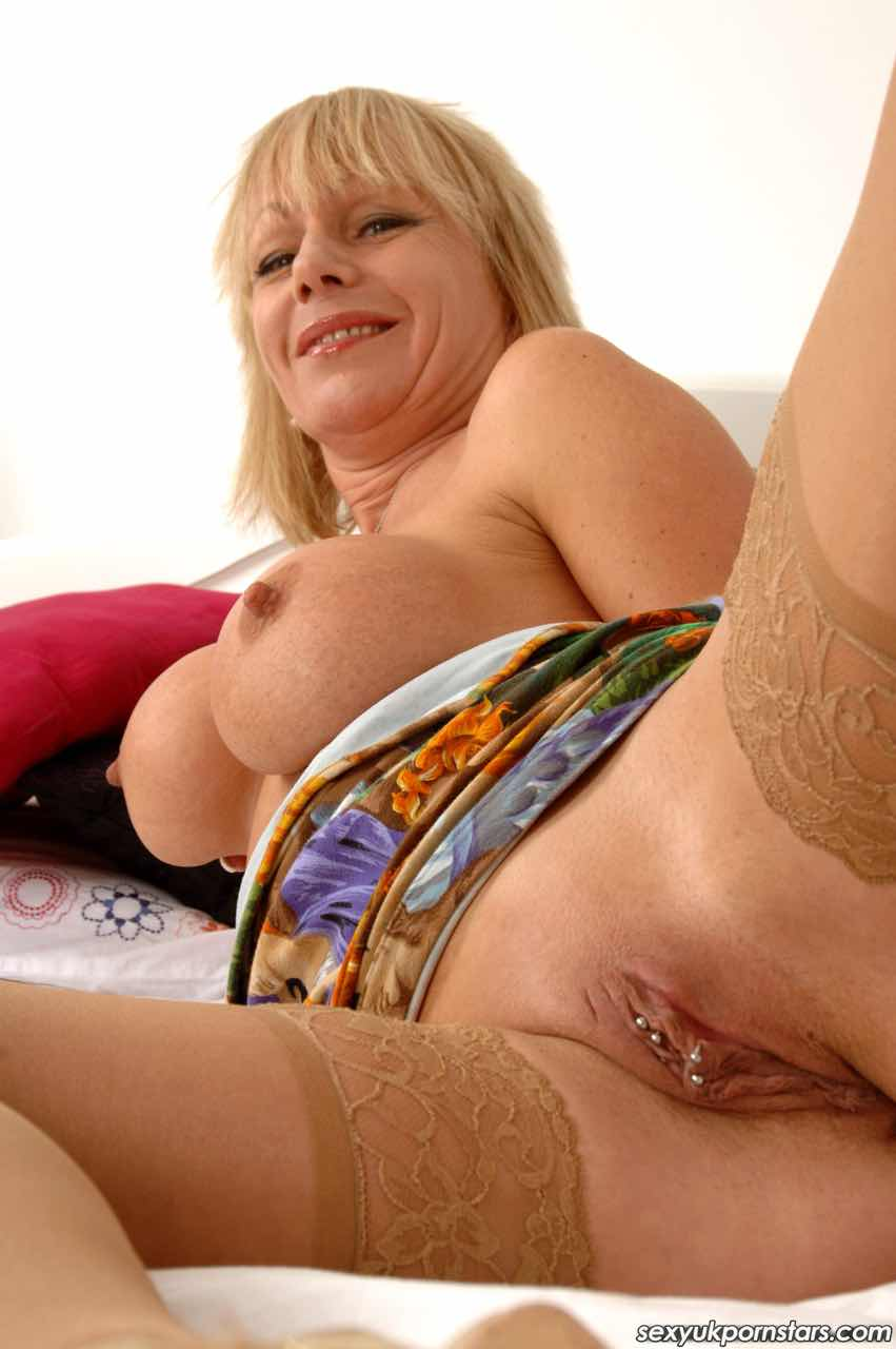 Amateur Mature British Group