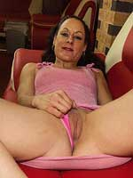 Tight MILF Victoria shows off her little body
