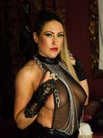 Leather loving Tyla Moore looks amazing in leather and chains